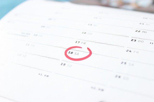 kalendář, zakroužkované datum