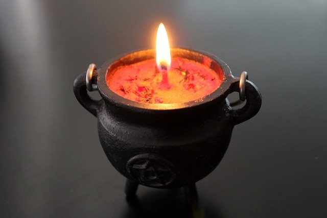 mystická svíčka